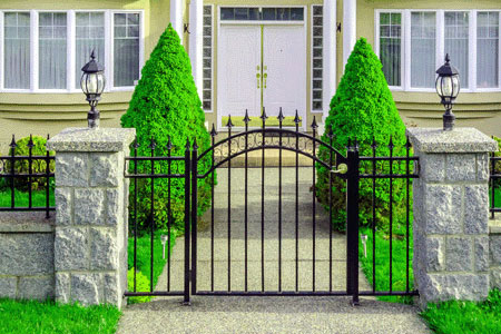 home-staging-fence-1